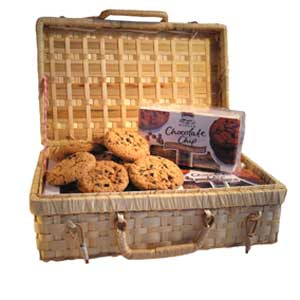 Gifts, cookie baskets, hampers and flowers to send to corporate clients