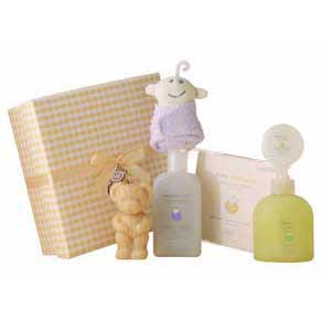 Gift box for a new baby perfect to welcome a new arrival